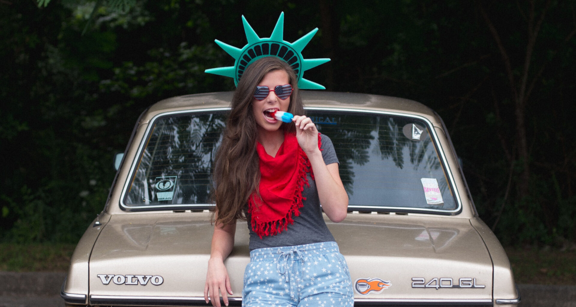 patriotic college student eating a popsicle