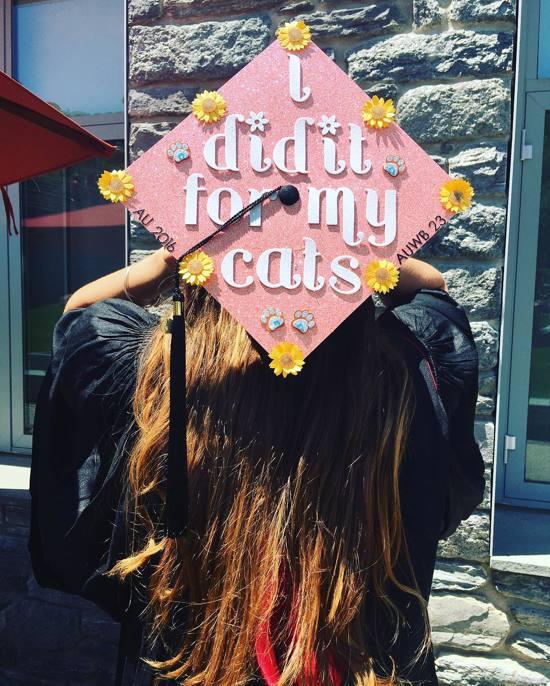 easy pink grad cap idea